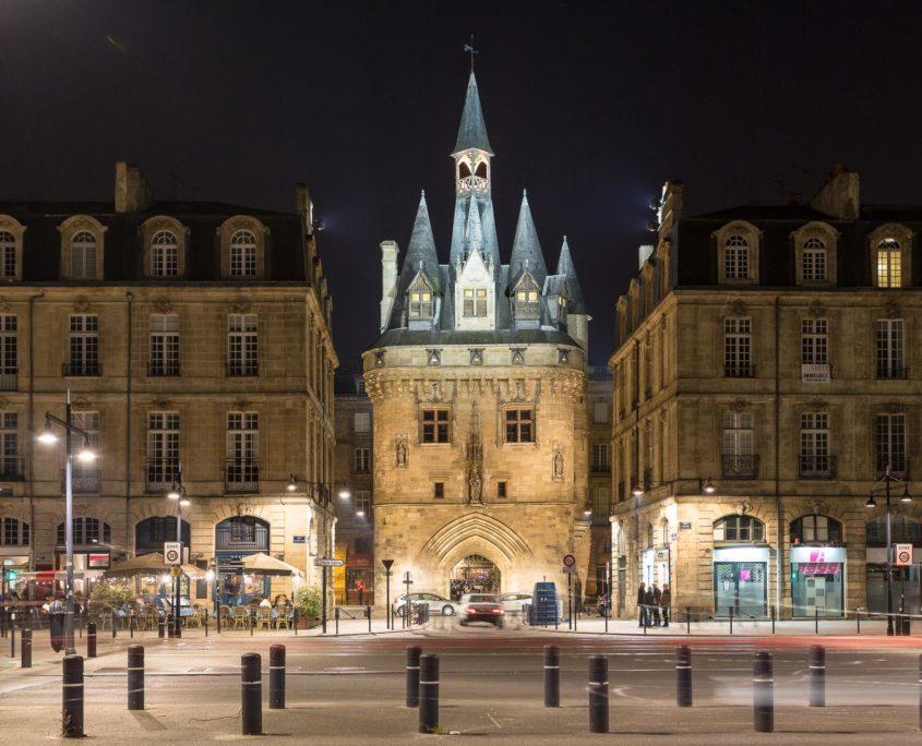 Démolition béton, sciage béton, carottage béton, découpe béton, démolition au brokk à Bordeaux (33000)